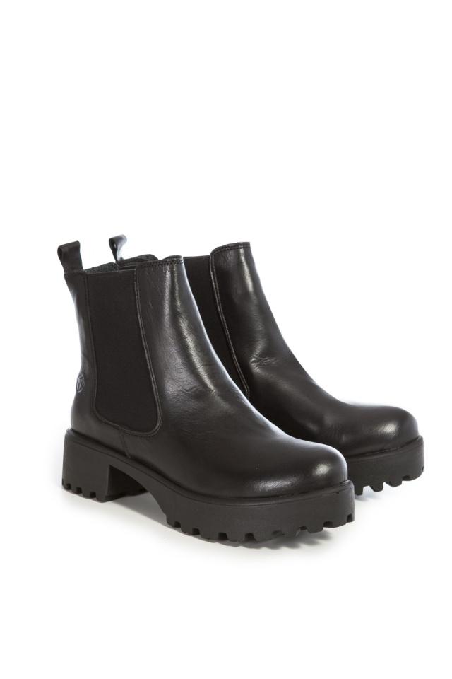 plateau boots black