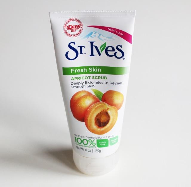 St Ives Apricot Scrub Fresh Skin
