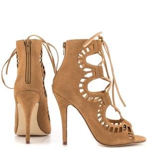 beige tan nude sandals claudia schiffer