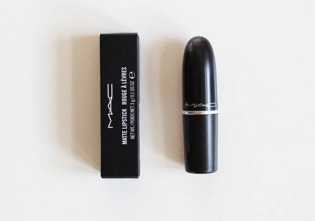 Mac matte lipstick candy yum yum swatch