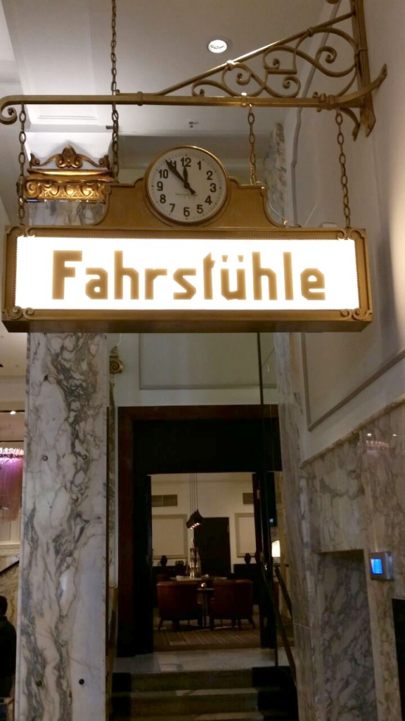 Reichshof Hamburg Curio XL Room -13